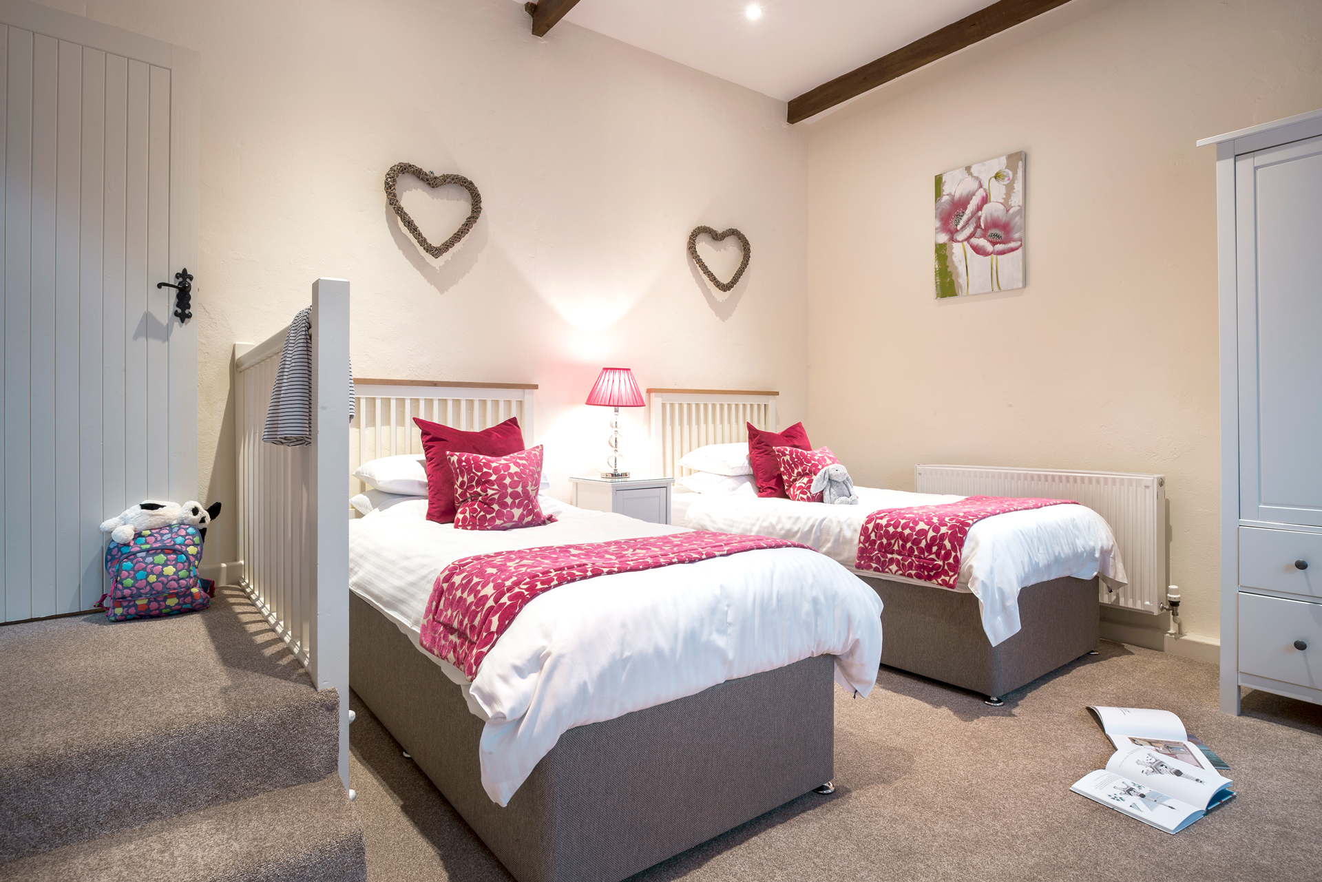 tregongeeves-farm-cottages-holiday-cornwall-st-austell-gallery-bedroom-3