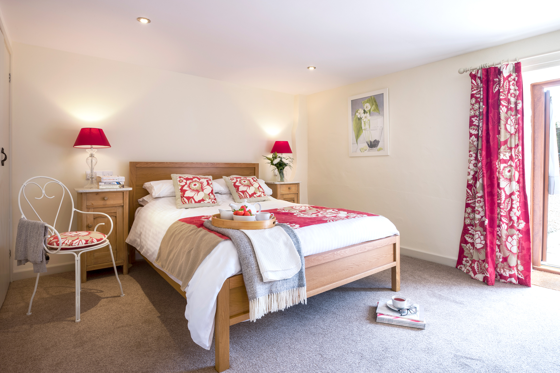 tregongeeves-farm-cottages-holiday-cornwall-st-austell-lovedays-bedroom-3