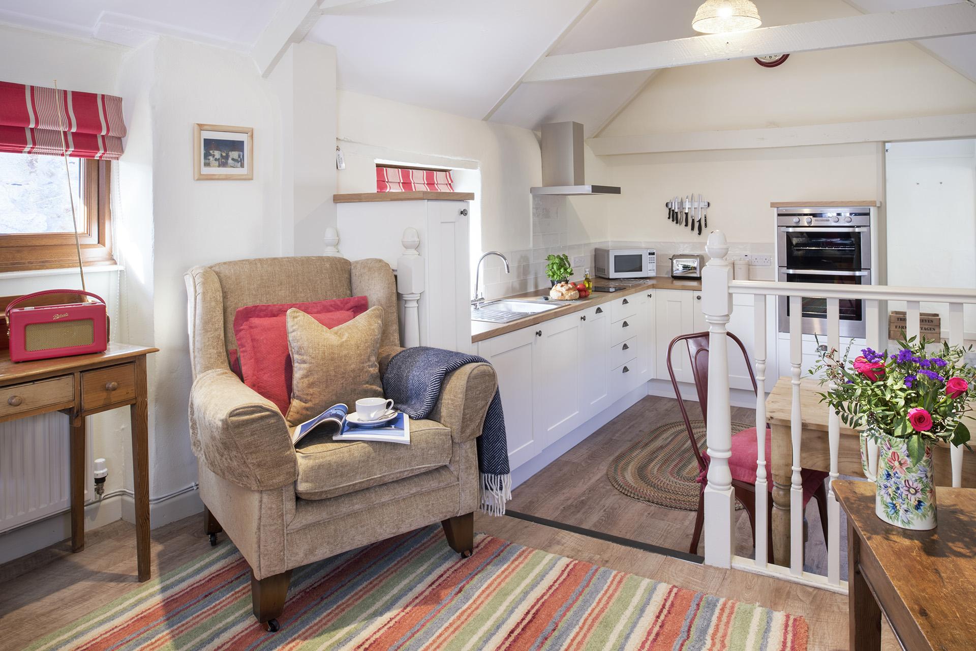 Tregongeeves-Corner-Cottage-facing-kitchen